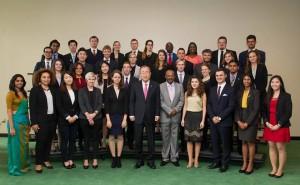 Delegatii de tineret alături de Excelența Sa, Ban-Ki Moon
